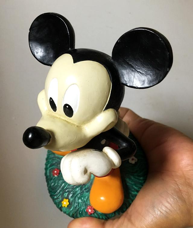 mic0705b.jpg